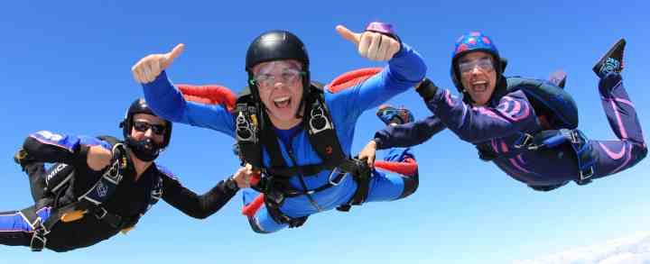 Skydiving, Faldskærmsudspring og Tandemspring