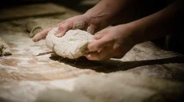 Bage brød bageskole