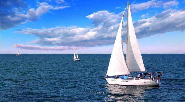 Sejlbåd bådudlejning