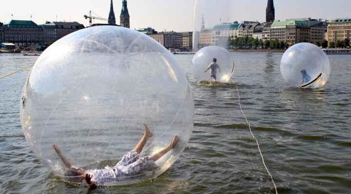 Waterballs - Gå på vandet