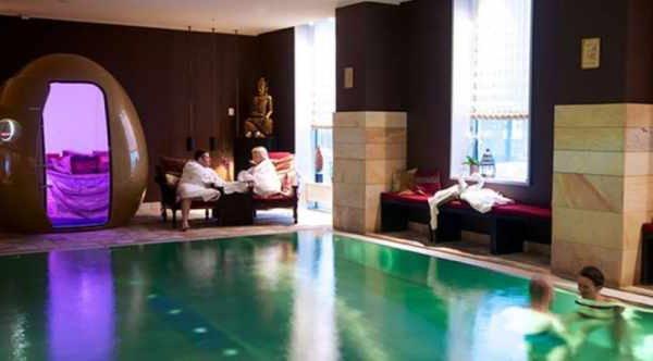 Tempelmassage-hos-Nimat