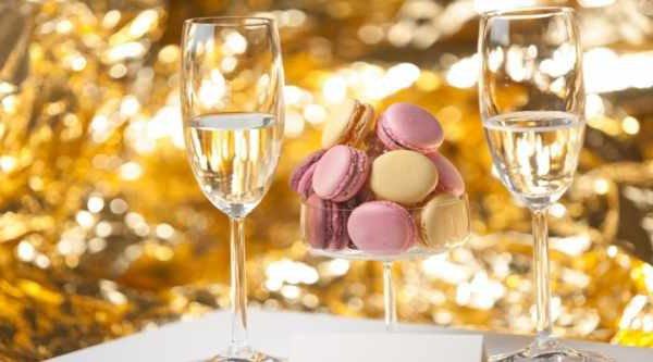 champagne-og-macaronsmagning