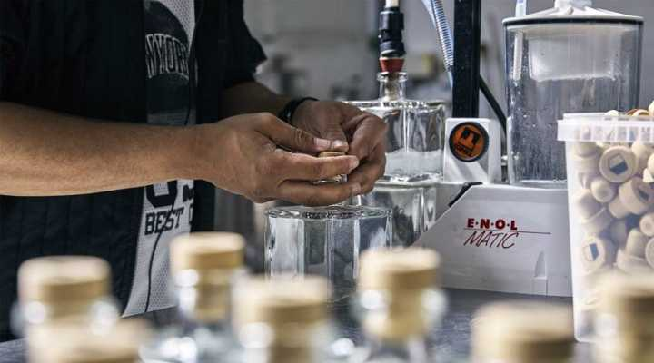 lav-din-egen-gin-hos-copenhagen-distillery