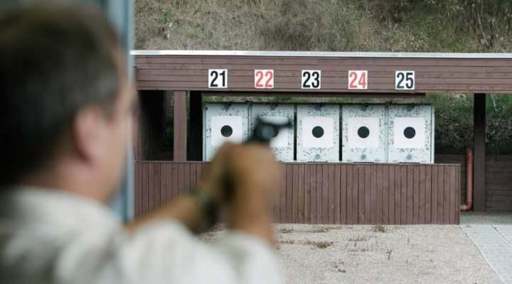 pistolskydning-hos-skydebaneforeningen-danmark