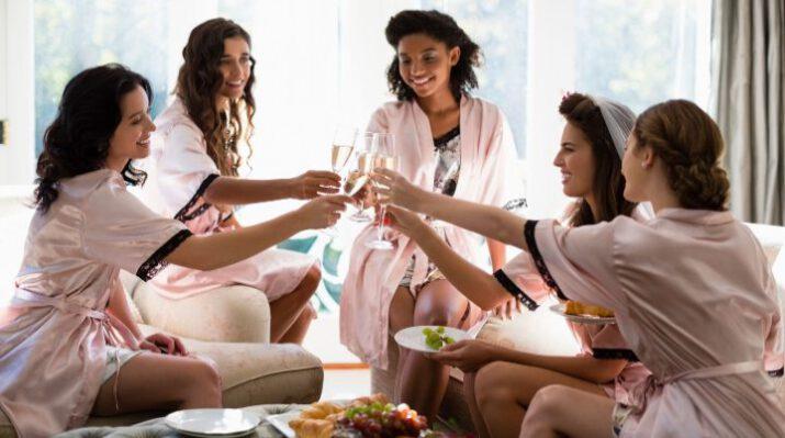 kvinder-polterabend-aktiviteter-hygge