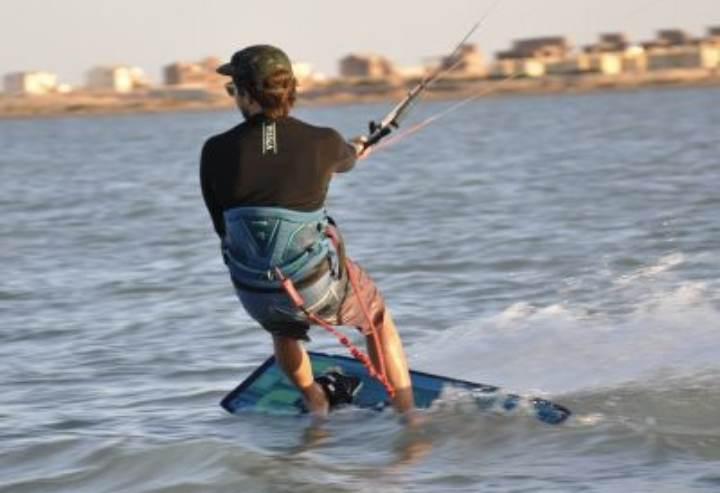 kitesurfing-kursus-kiteskole-amager