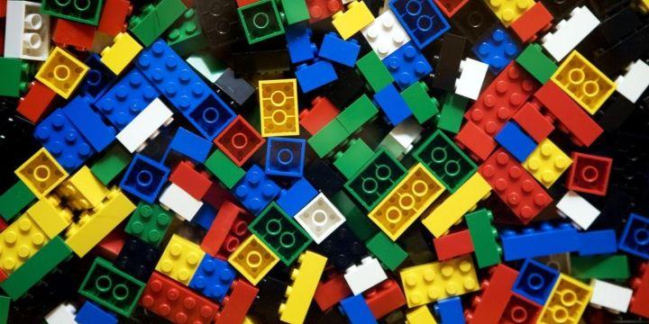 legoklodser-LEGO-kommunikation-arbejdsplads-team-building-øvelser