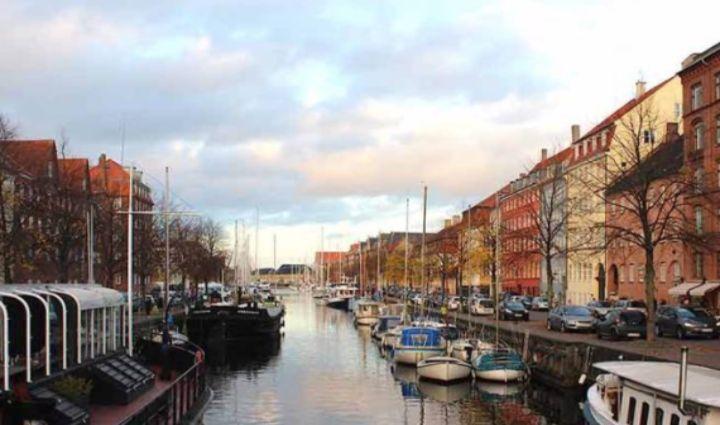 OURWAY-tours-københavn-guidet-tour-oplevelse-gavekort-gåtur-gemmesteder-byvandring