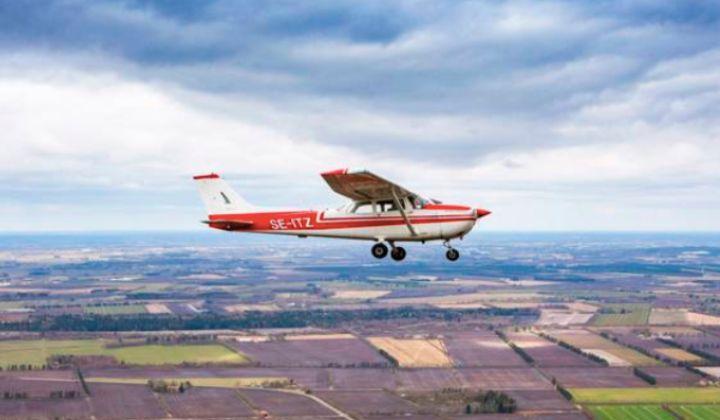 introduktion-til-motorflyvning-midtjysk-flyveklub-oplevelse-adrenalin-gavekort